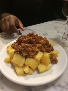 "I am Not a ""Foodie"": Best Budget Restaurants & Tapas Bars in Barcelona - By Sarah Melville"